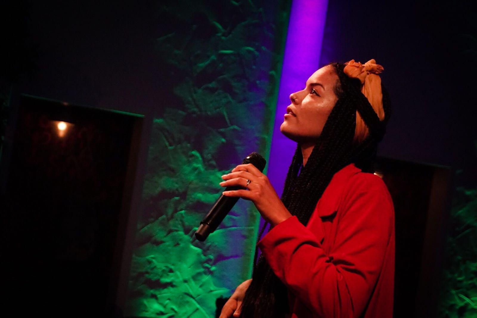 Cultural performance singing